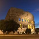 Coliseu Romano à noite - Passeio em Roma
