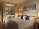 Montpeiler Mews Apartments - Master Bedroom