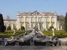795px-queluz_palace_fountains-jpg