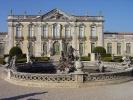 800px-queluz_palace_fa%c3%a7ade_and_triton_fountain-jpg