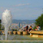 Springbrunnen mit Blick auf Barcelona