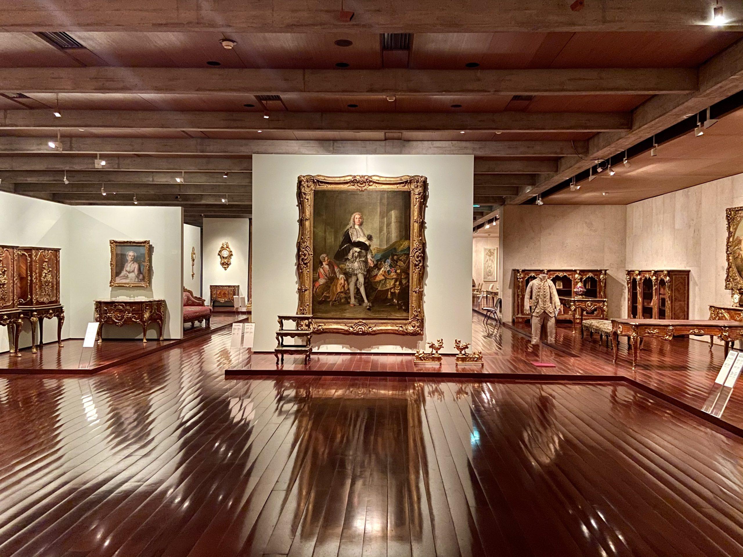 Uma das impressionantes seções do museu dedicada à arte francesa