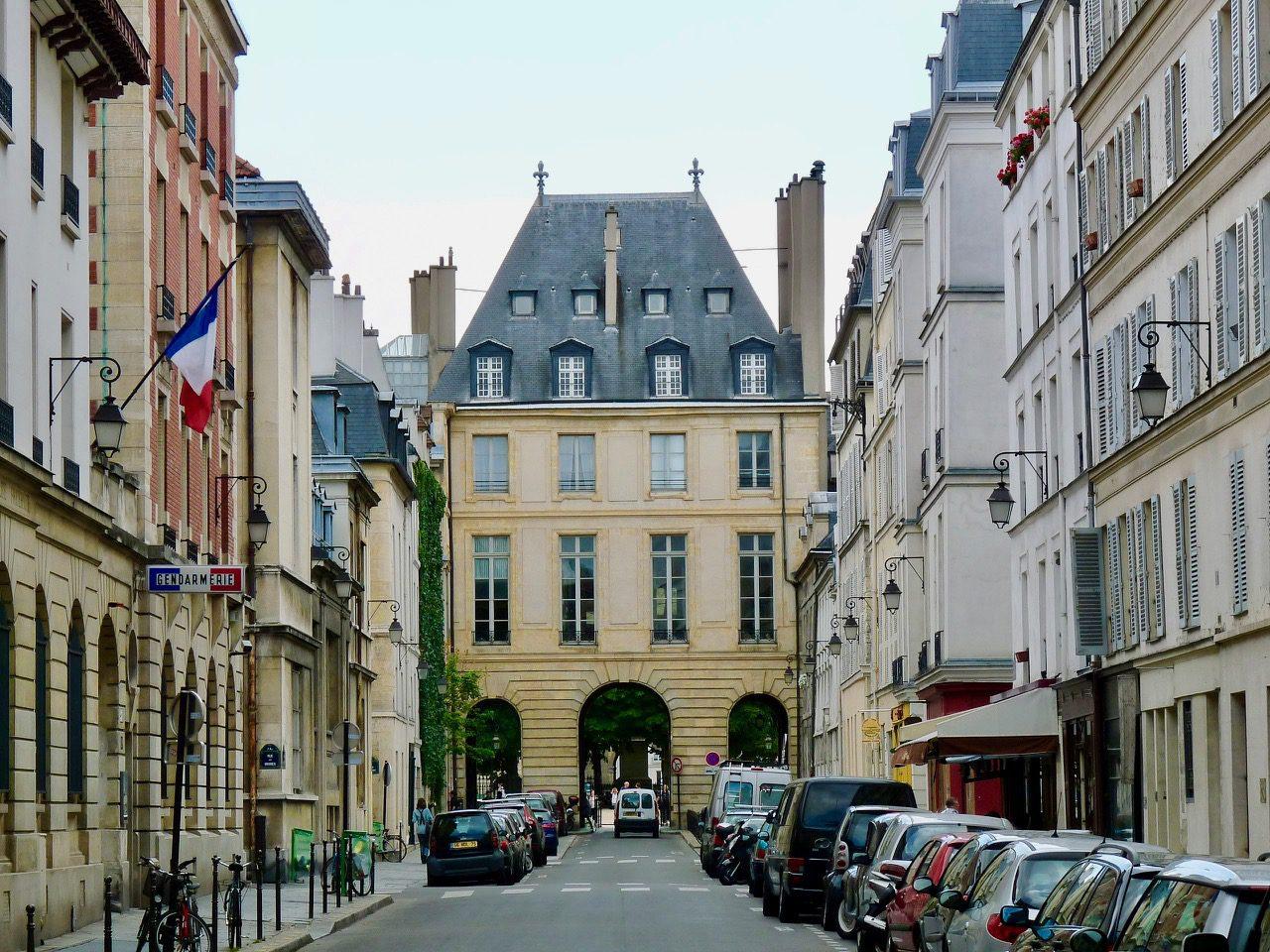 Onde ficar em Paris bom e barato